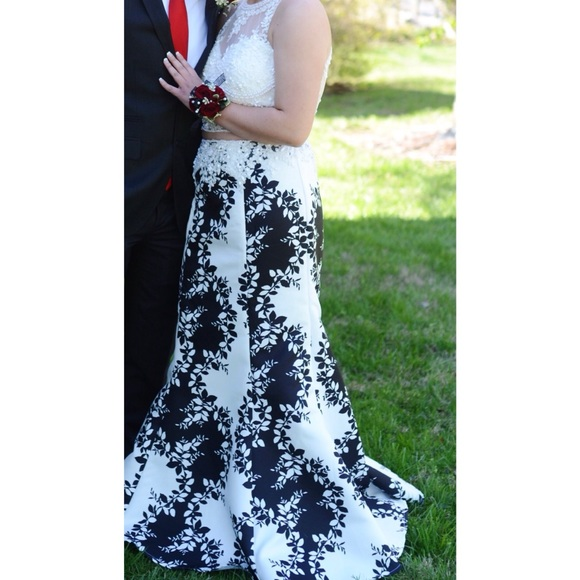 Dave And Johnny Dresses Black And White Two Piece Prom Dress
